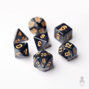 Dobókocka szett - márvány fekete/arany számos (7 darabos) - /EV/